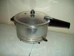 vintage Presto ELECTRIC Pressure Cooker USA made 1955 Excell